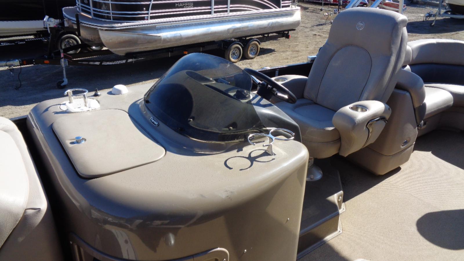 2011 Premier Pontoons boat for sale, model of the boat is 250 Intrique & Image # 7 of 13