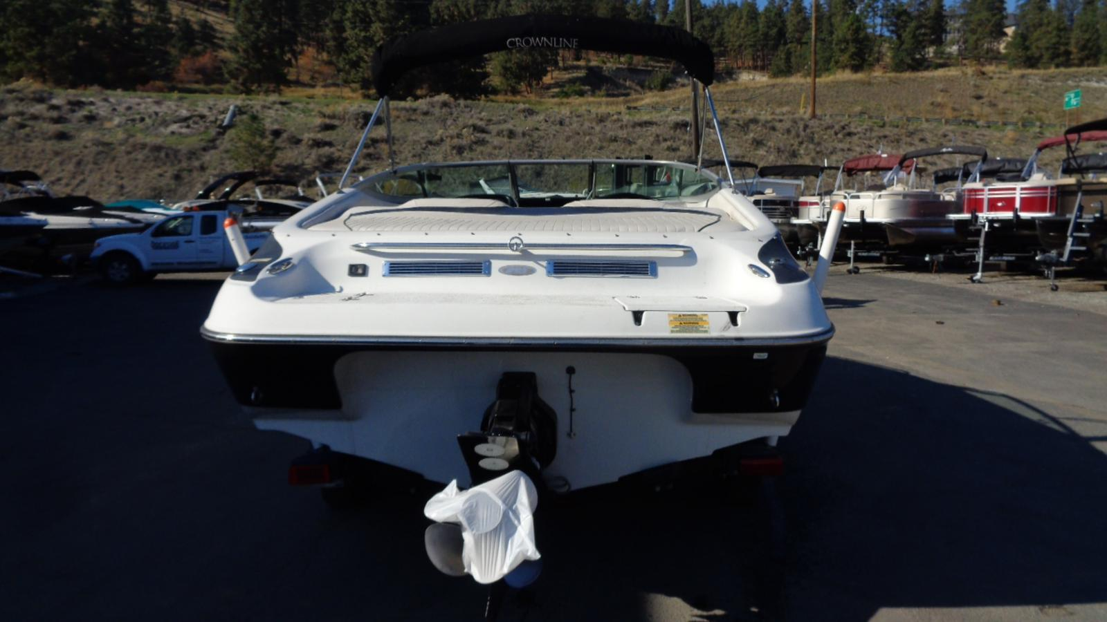 2005 Crownline boat for sale, model of the boat is 225 BR & Image # 3 of 9