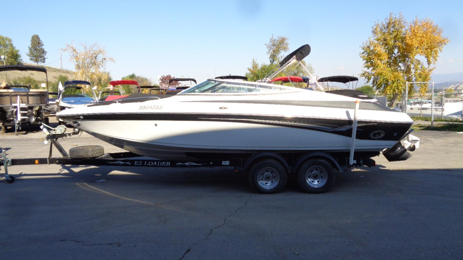 2005 Crownline boat for sale, model of the boat is 225 BR & Image # 2 of 9