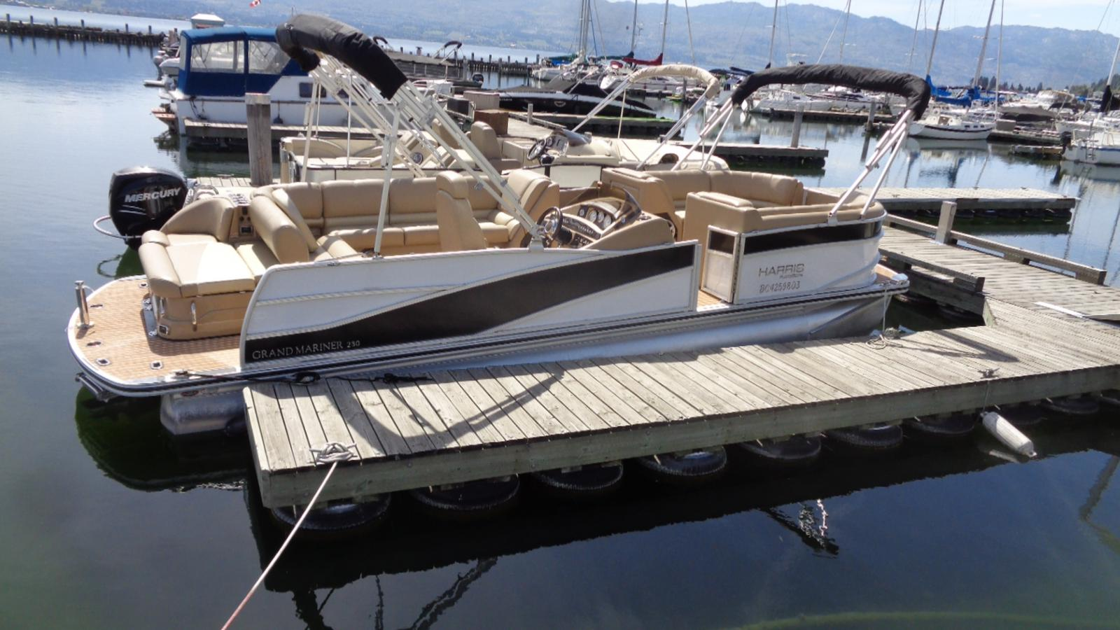 For Sale: 2014 Harris Grand Mariner 230 26ft<br/>Dockside Marine Centre, LTD.