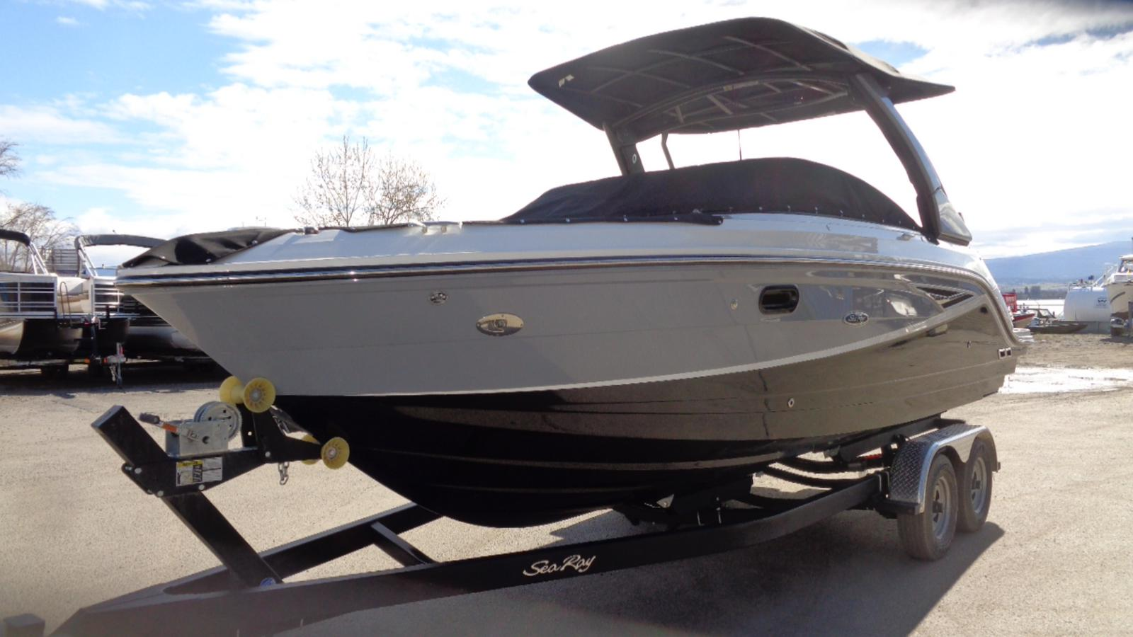 2019 Sea Ray boat for sale, model of the boat is SLX 250 & Image # 3 of 11