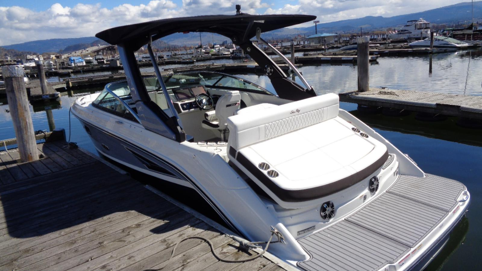 2019 Sea Ray boat for sale, model of the boat is SLX 250 & Image # 6 of 11