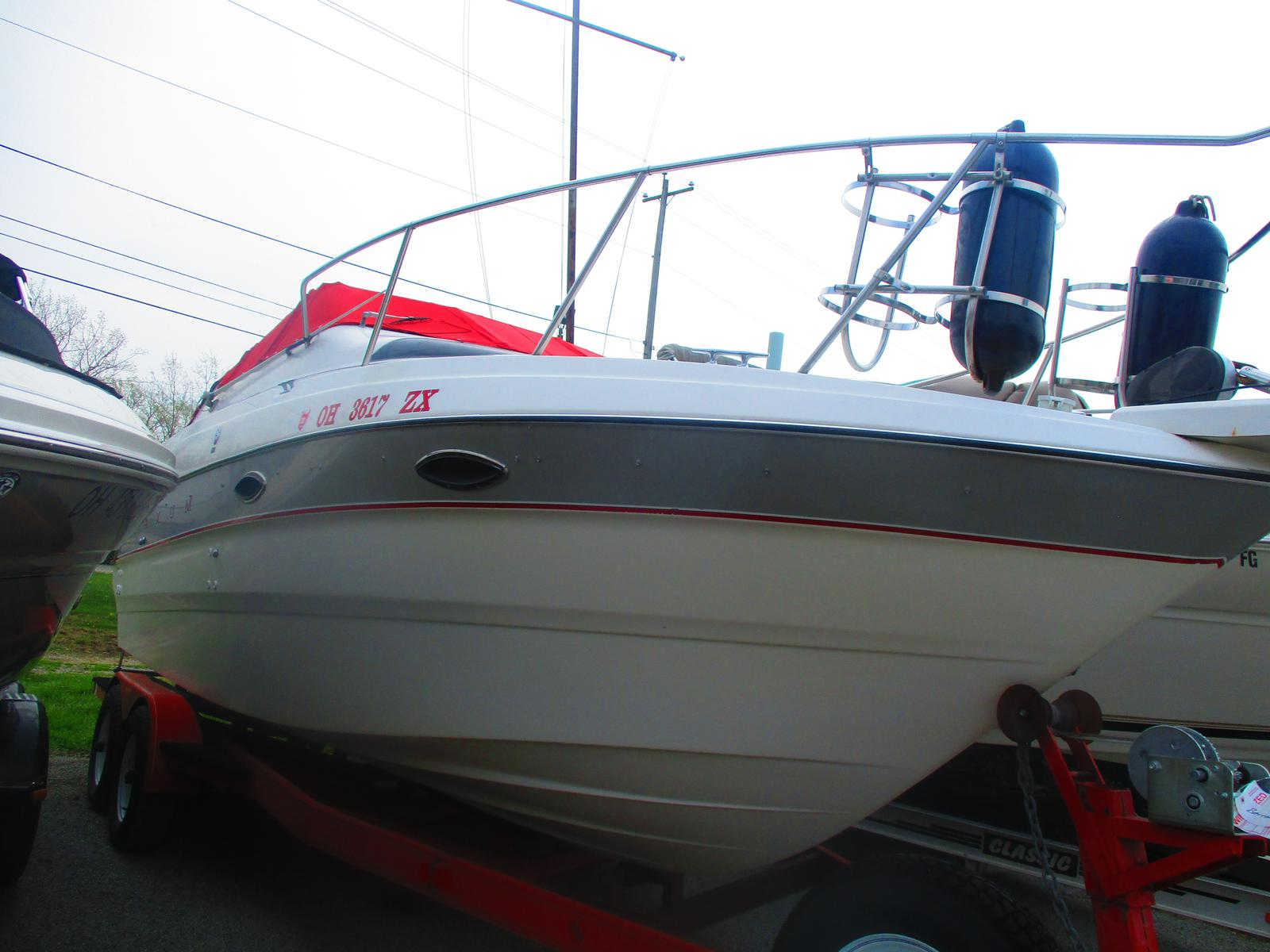 1993 Maxum boat for sale, model of the boat is 2300 SCR & Image # 1 of 7