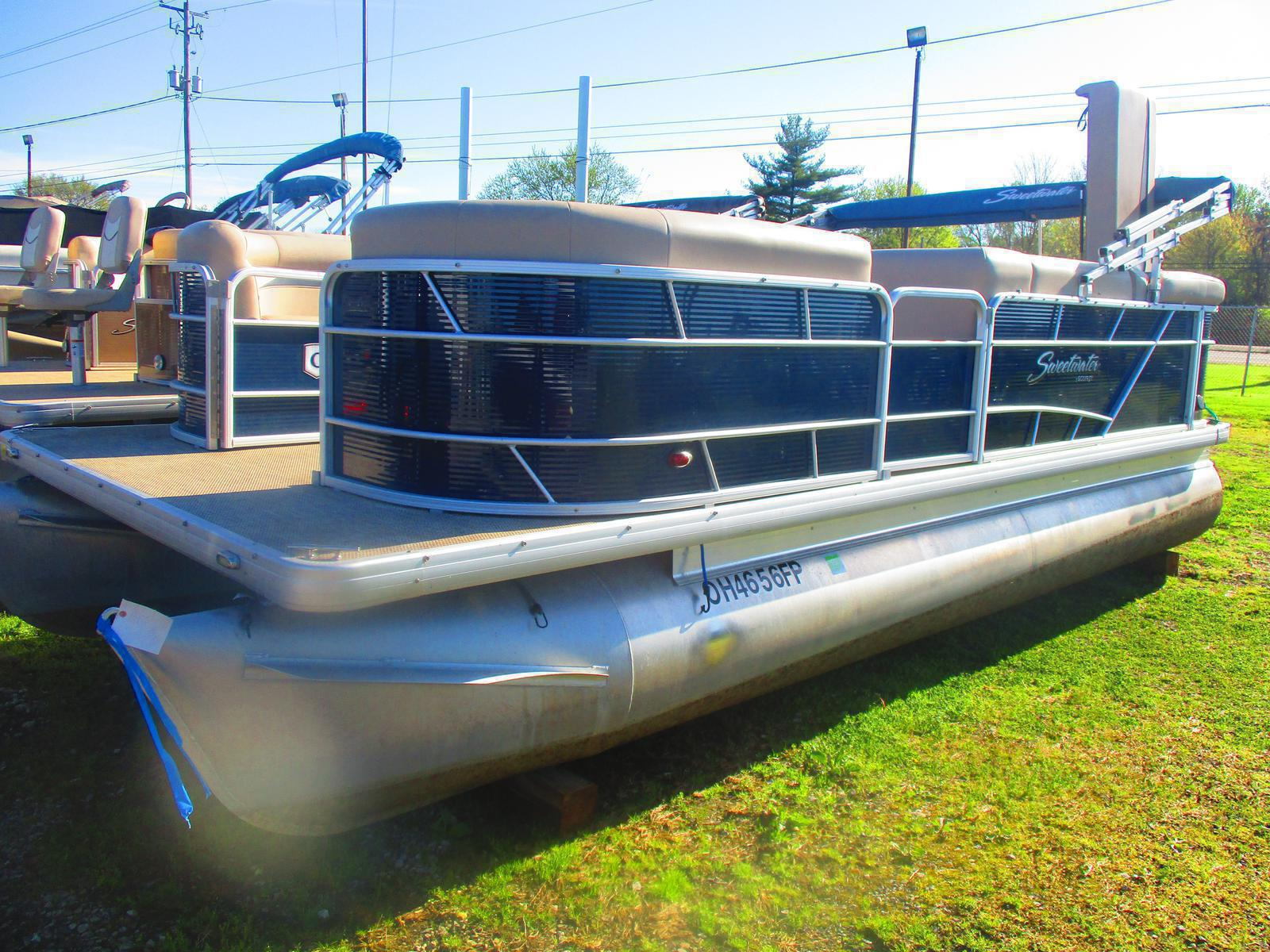 Used 2016 Sweetwater Sw 2086 For Sale