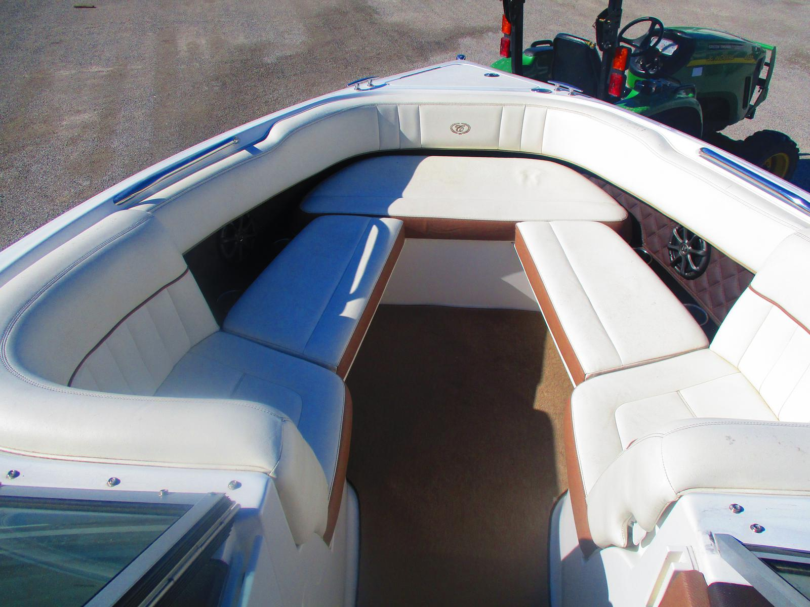 2012 Cobalt boat for sale, model of the boat is 242 & Image # 2 of 8