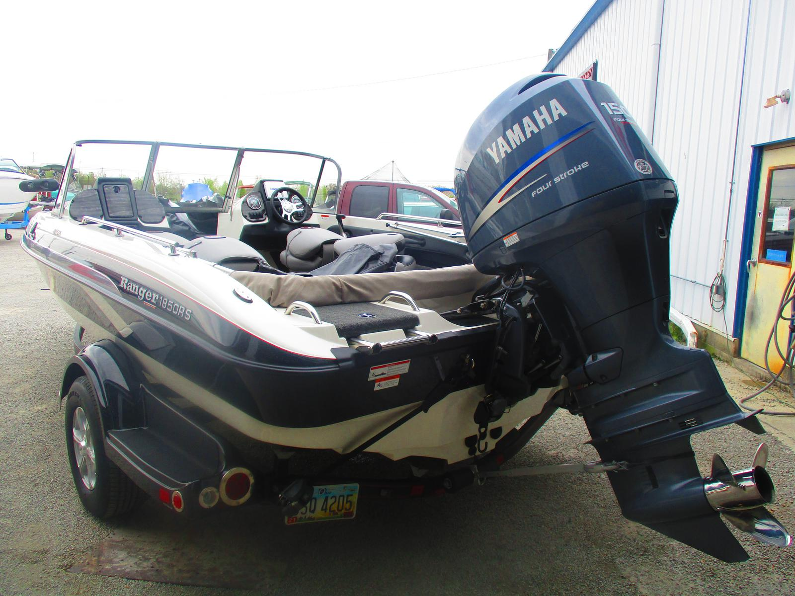 2011 Ranger Boats boat for sale, model of the boat is 1850RS & Image # 2 of 5