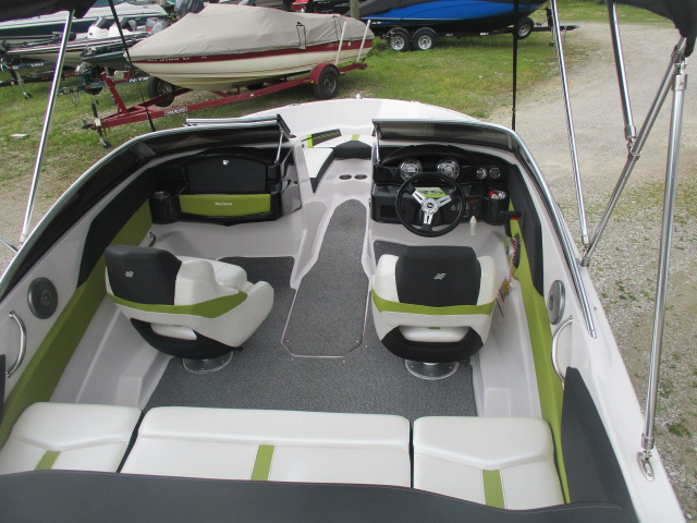 2013 Four Winns boat for sale, model of the boat is H180 & Image # 2 of 8