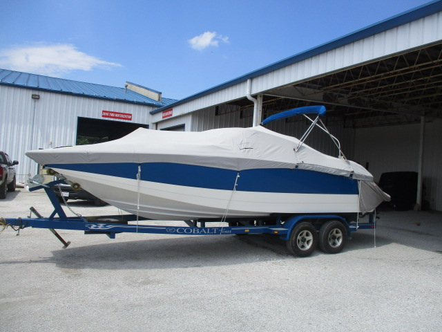2003 Cobalt boat for sale, model of the boat is 240SD & Image # 2 of 12