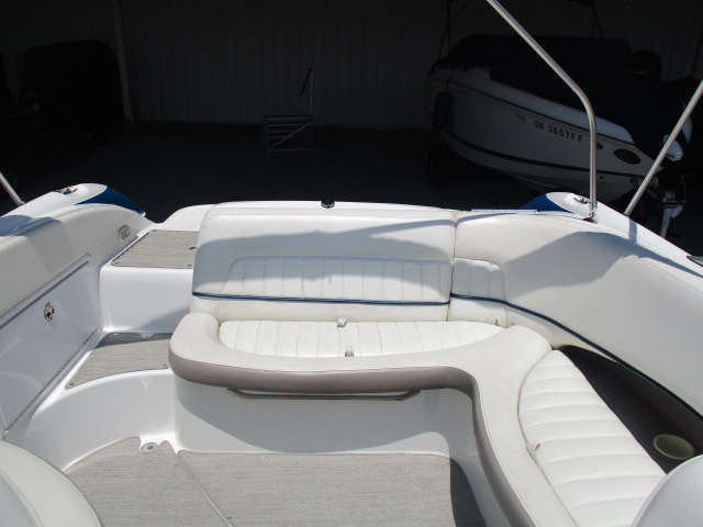 2003 Cobalt boat for sale, model of the boat is 240SD & Image # 3 of 12