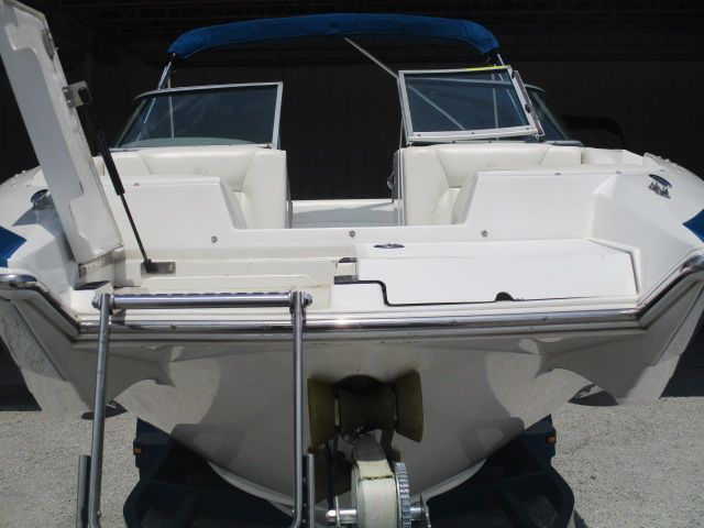 2003 Cobalt boat for sale, model of the boat is 240SD & Image # 11 of 12