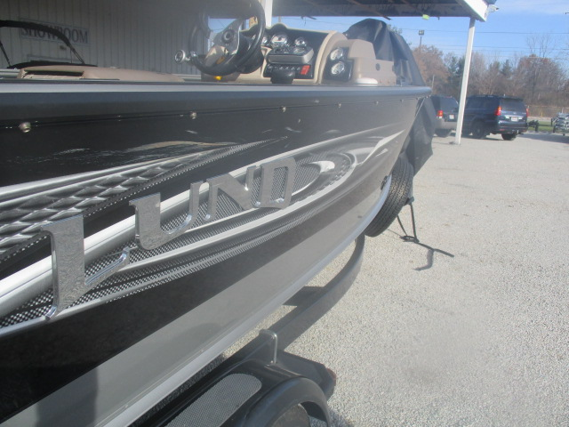 2010 Lund boat for sale, model of the boat is 2075 Pro-V IFS SE Boat & Image # 12 of 13