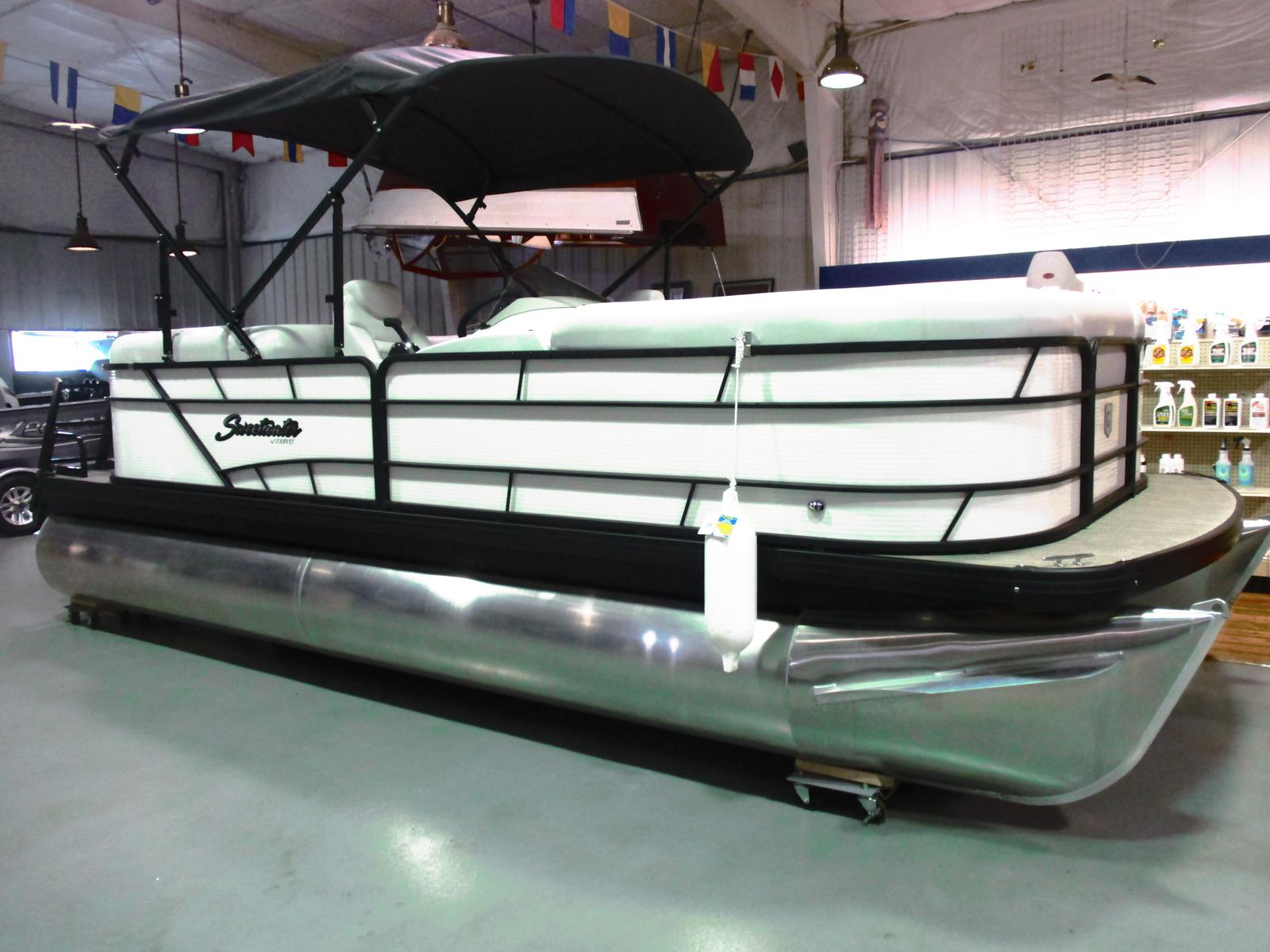 2018 Sweetwater boat for sale, model of the boat is SW 2186 SB & Image # 1 of 5