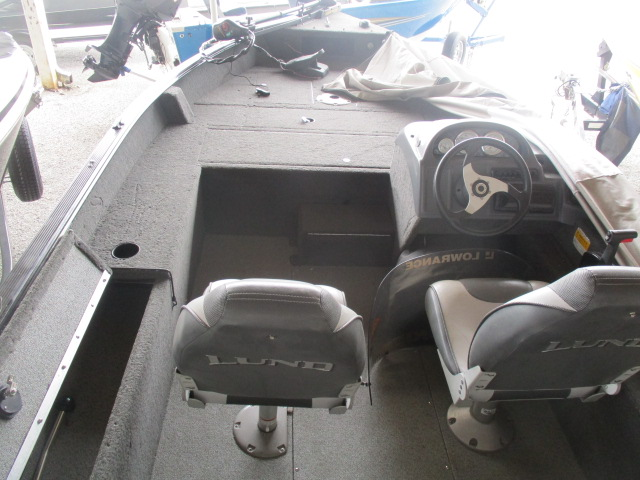 2011 Lund boat for sale, model of the boat is 1810 Predator SS & Image # 3 of 6