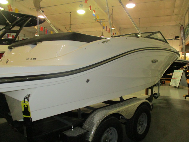 2019 Sea Ray boat for sale, model of the boat is SPX 190 & Image # 5 of 5