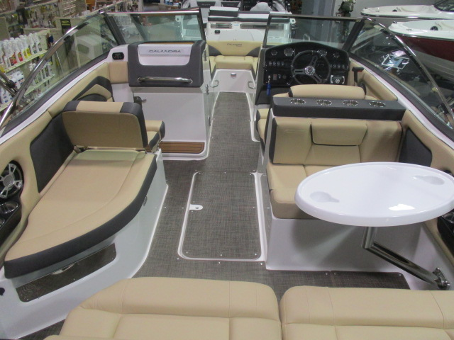 2019 Bryant boat for sale, model of the boat is CALANDRA & Image # 3 of 7