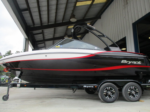 2019 Bryant boat for sale, model of the boat is SPERANZA & Image # 1 of 6