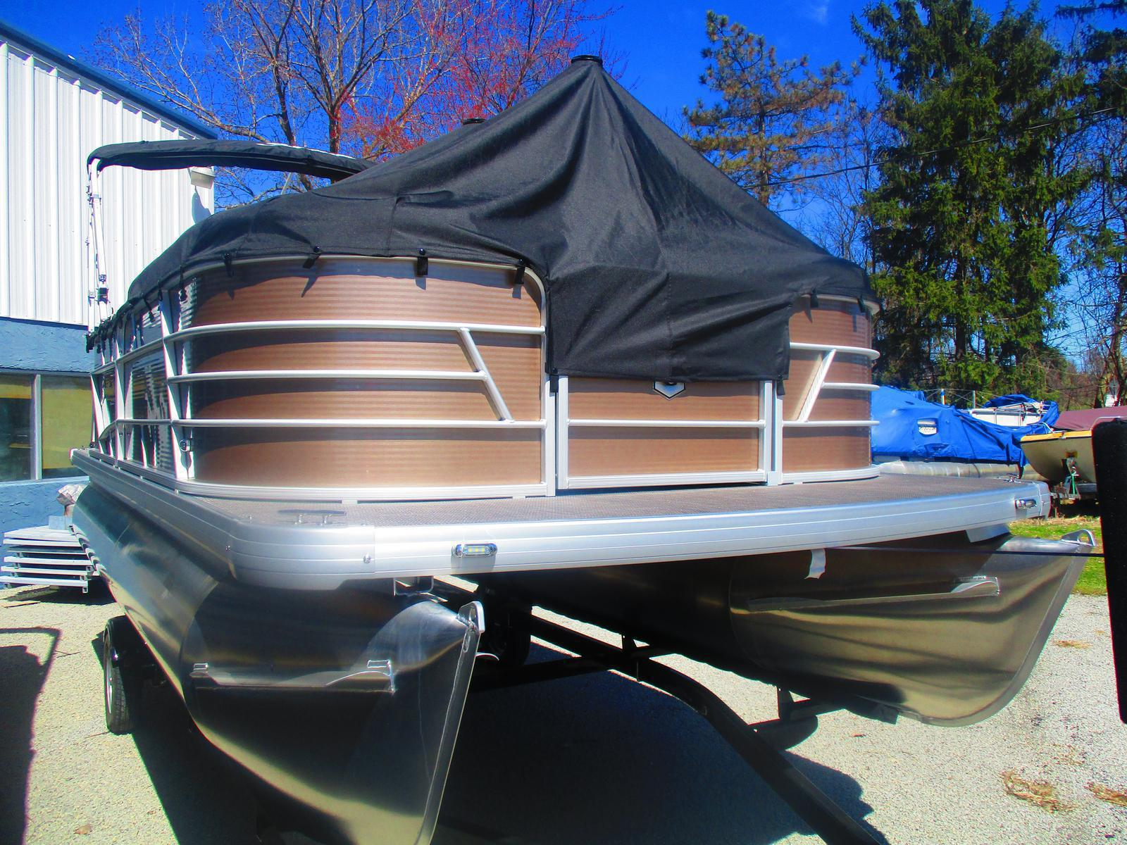 2019 Sweetwater boat for sale, model of the boat is SW 1886 C & Image # 2 of 2