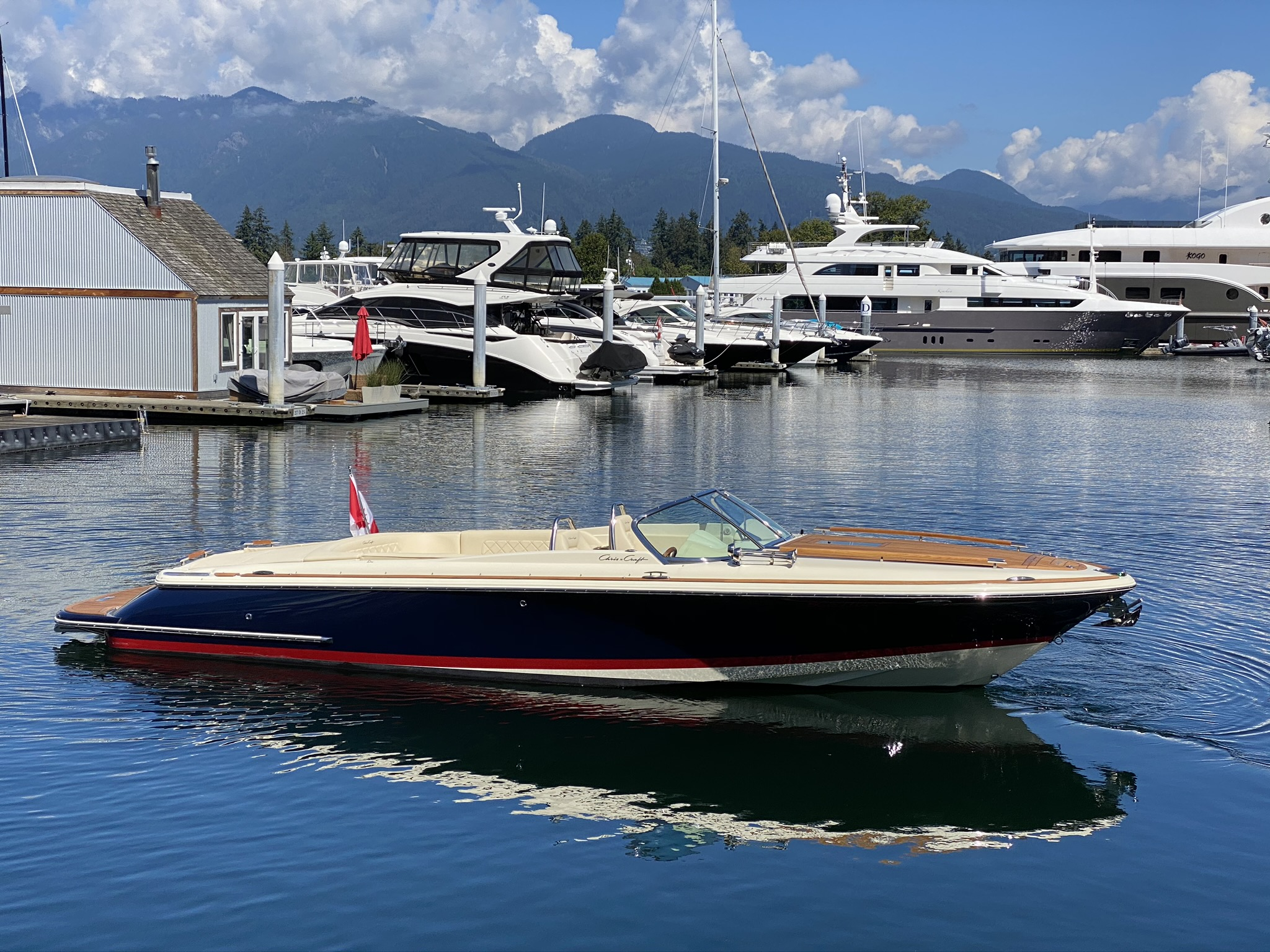 For Sale: 2020 Chris Craft Corsair 27 27ft<br/>M & P Yacht Centre At Coal Harbour