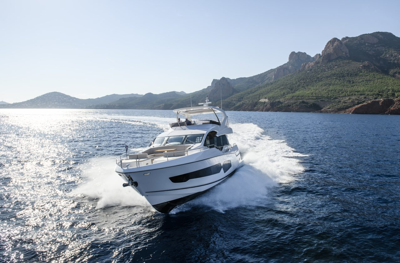 2021 SUNSEEKER 76 YACHT for sale