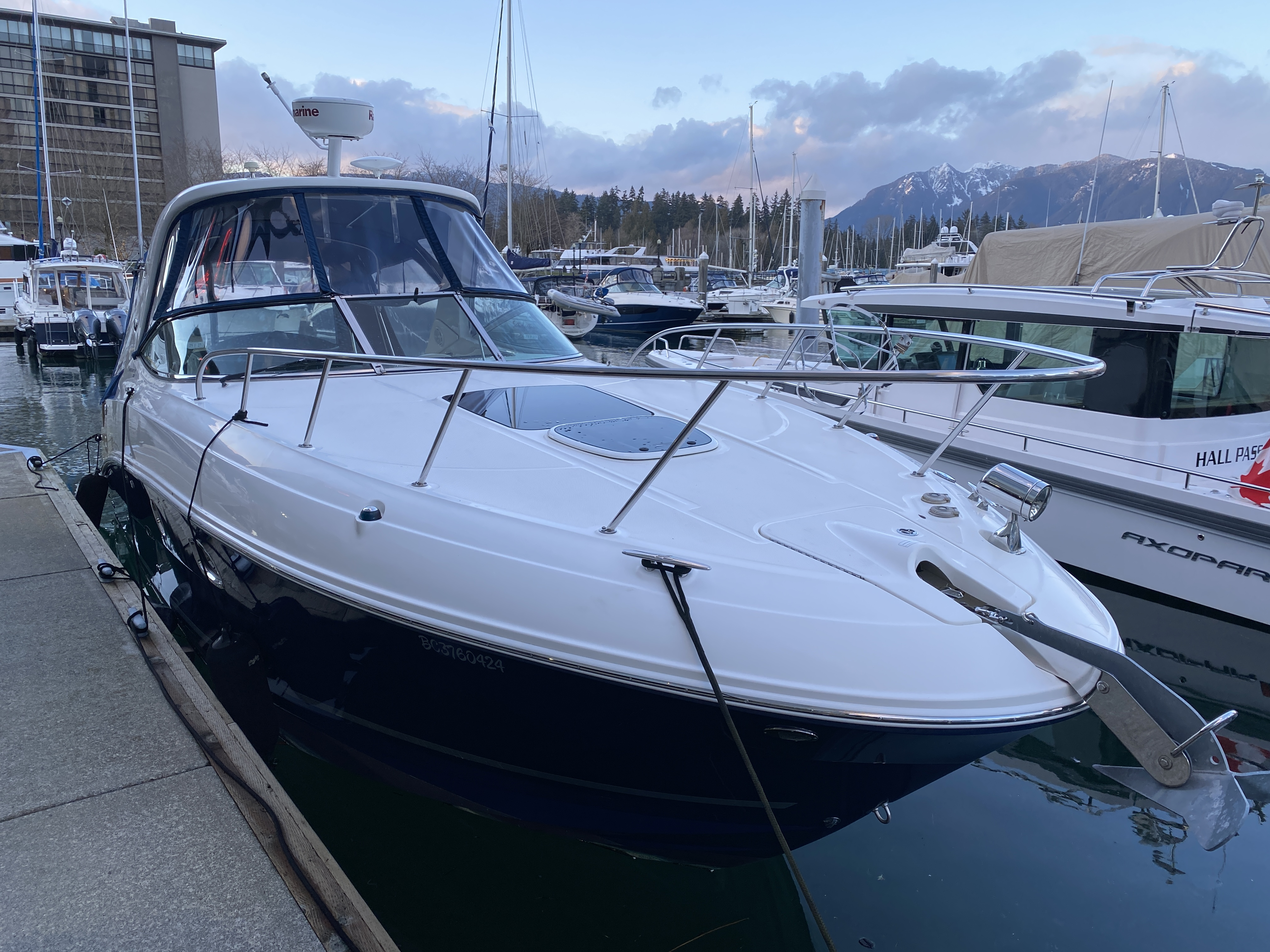 For Sale: 2013 Sea Ray 310 Sundancer 31ft<br/>M & P Yacht Centre At Coal Harbour
