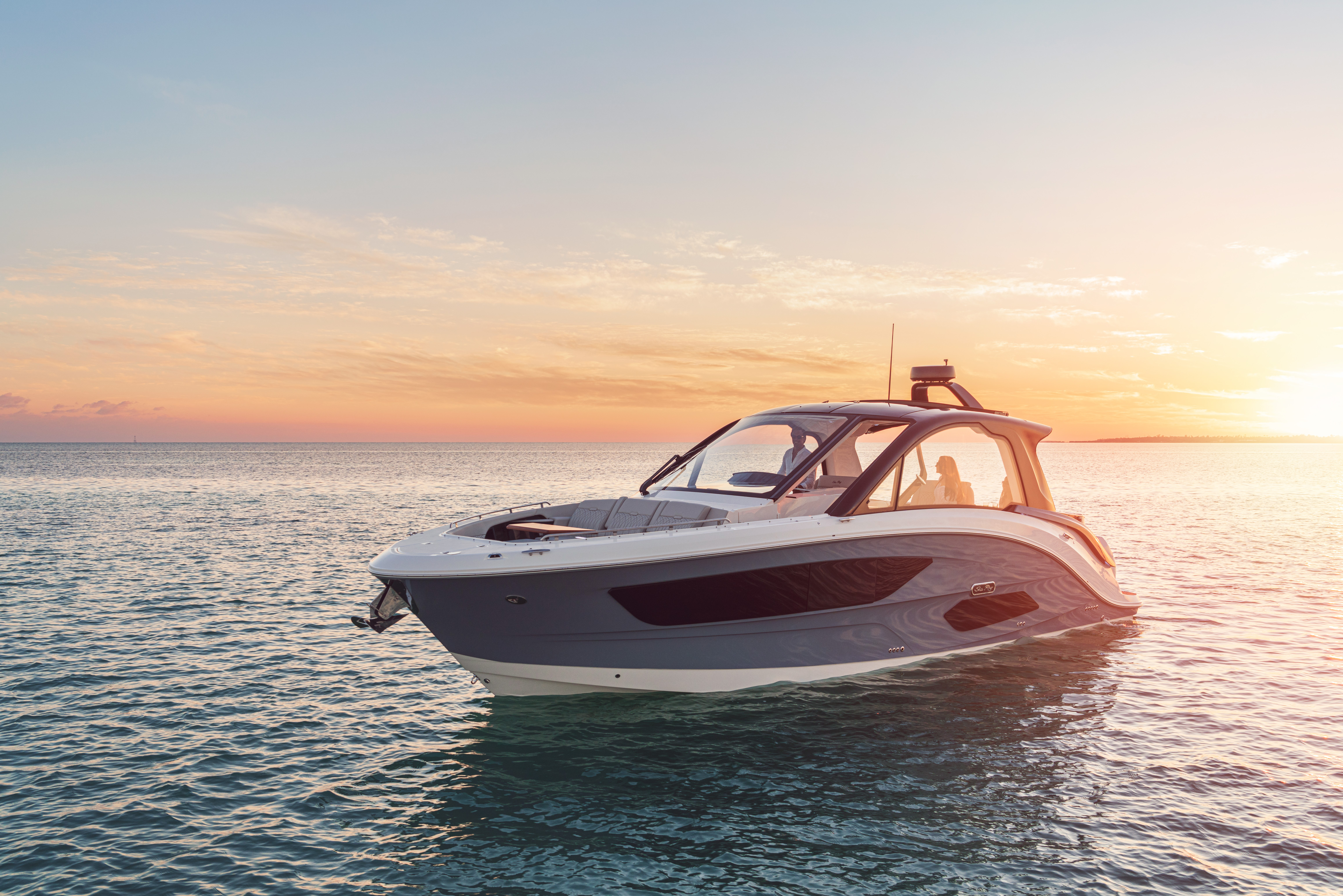 For Sale: 2022 Sea Ray Sundancer 370 Coupe Outboard 40ft<br/>M & P Yacht Centre At Coal Harbour
