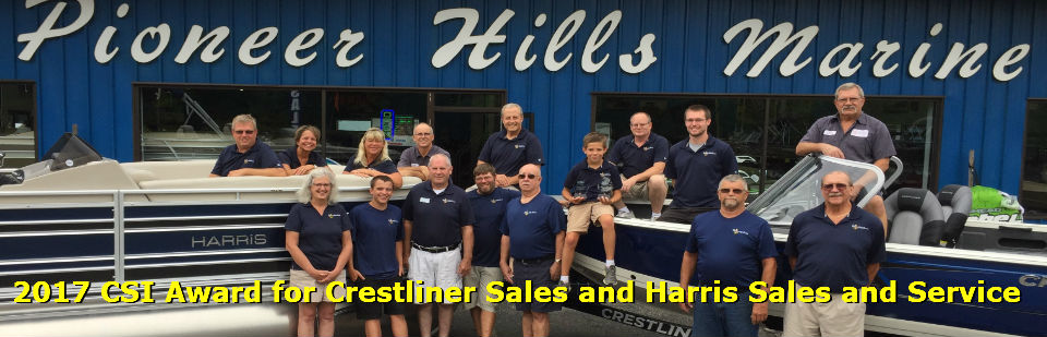 2017 CSI Award for Crestliner Sales and Harris Sales and Service for Pioneer Hills Marine.