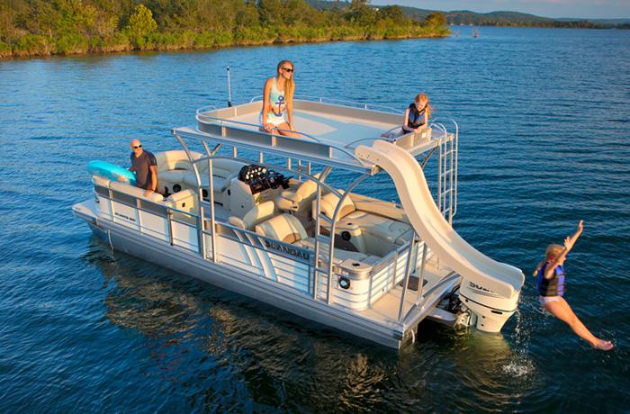 Atlantis Cruise Pontoons