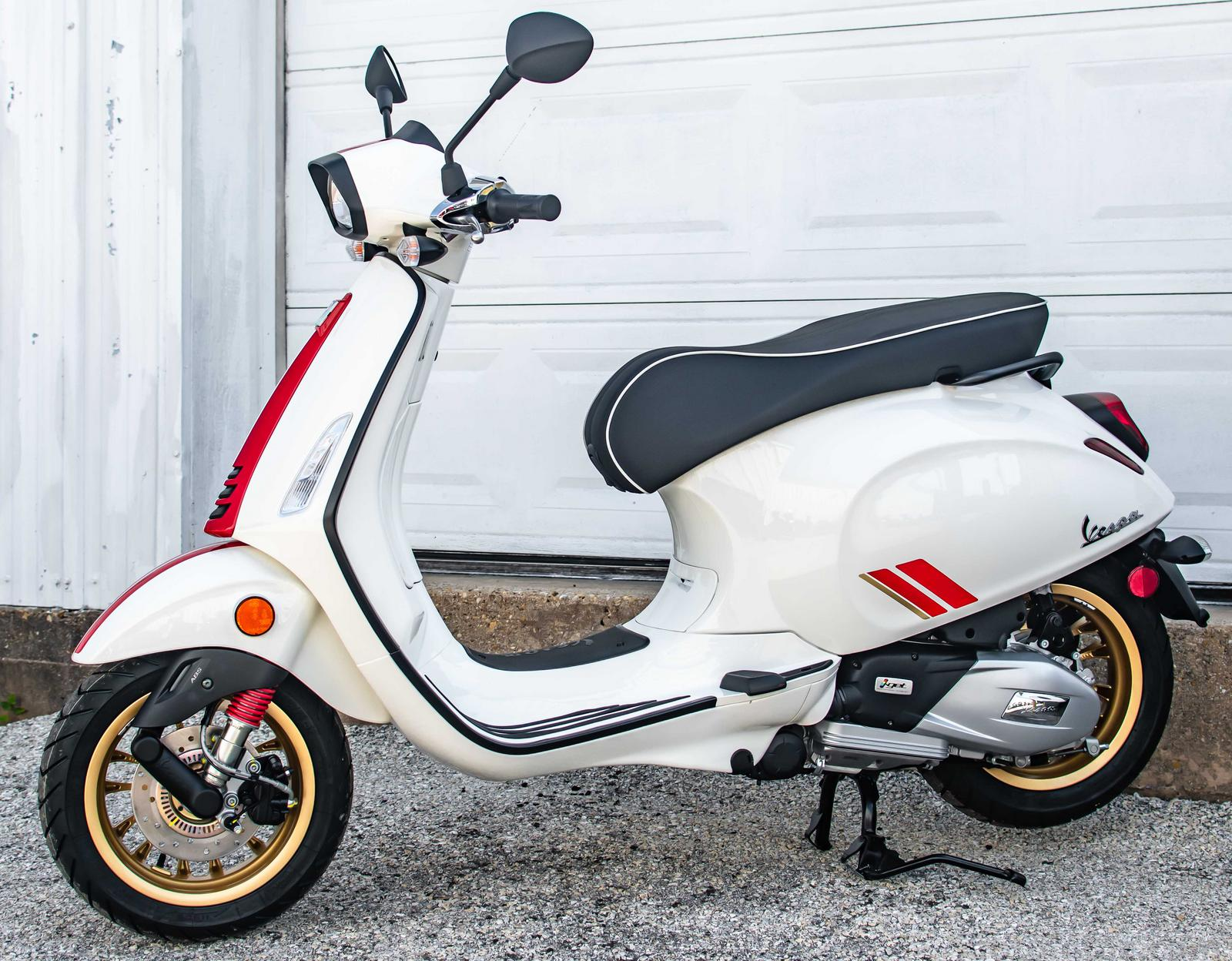 2021 Vespa Sprint 150 Racing Sixties Bianco For Sale In Colleyville Tx Moxie Scooters Colleyville Tx 817 788 5333