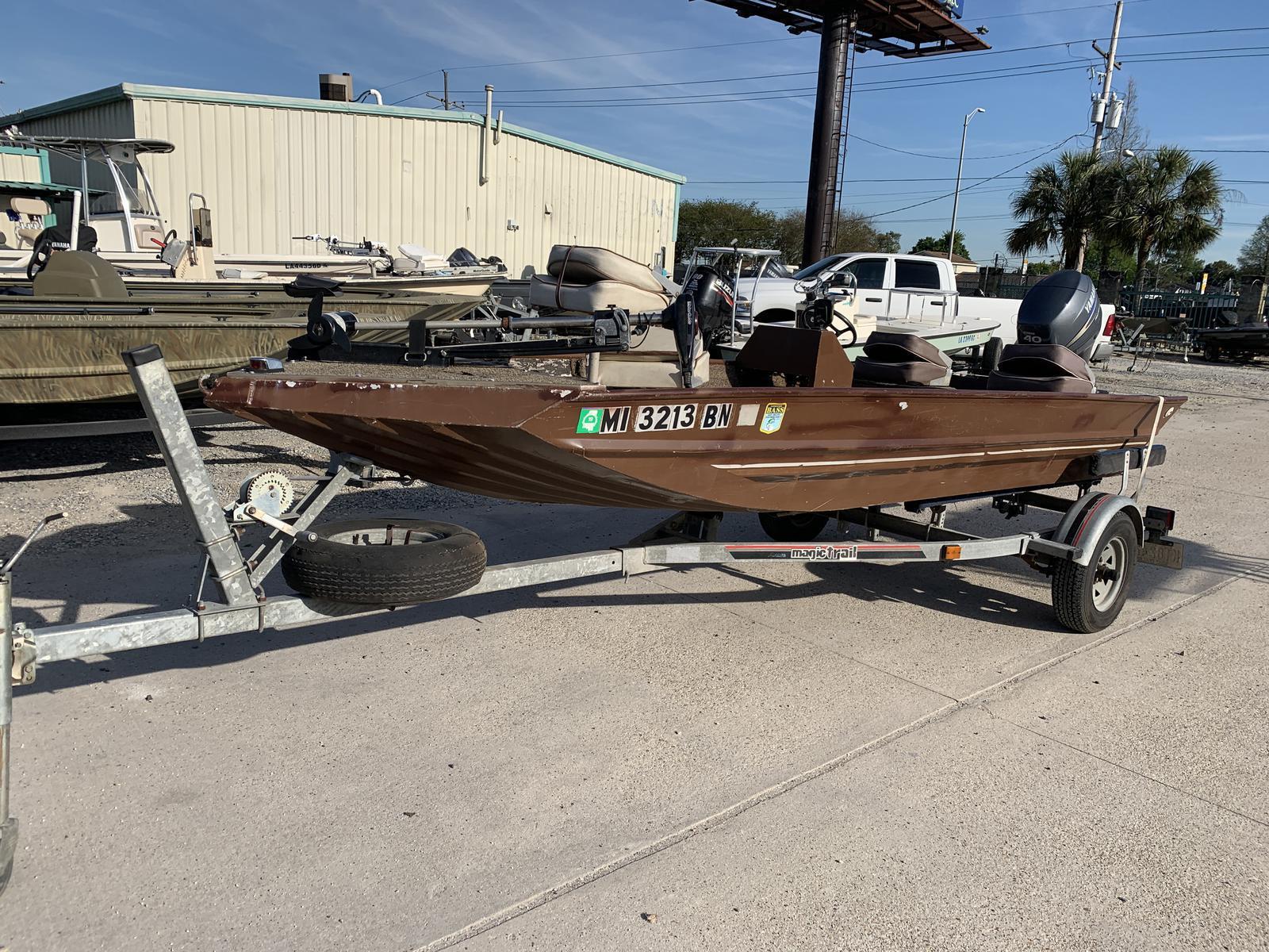 New  Alumaweld Boats Flats Boat in Marrero, Louisiana