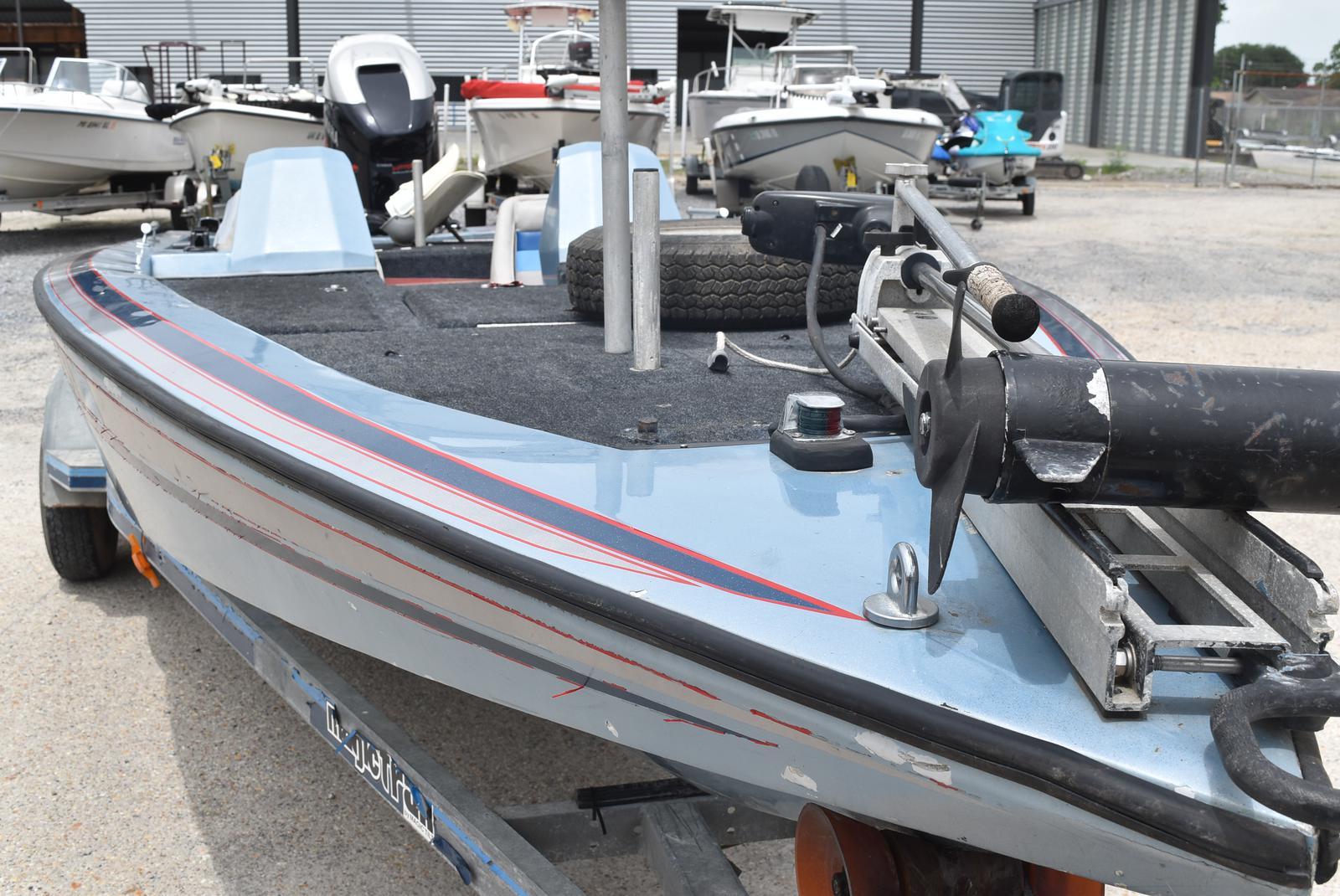 New  1997 Red Bird Boats Bass Boat in Marrero, Louisiana