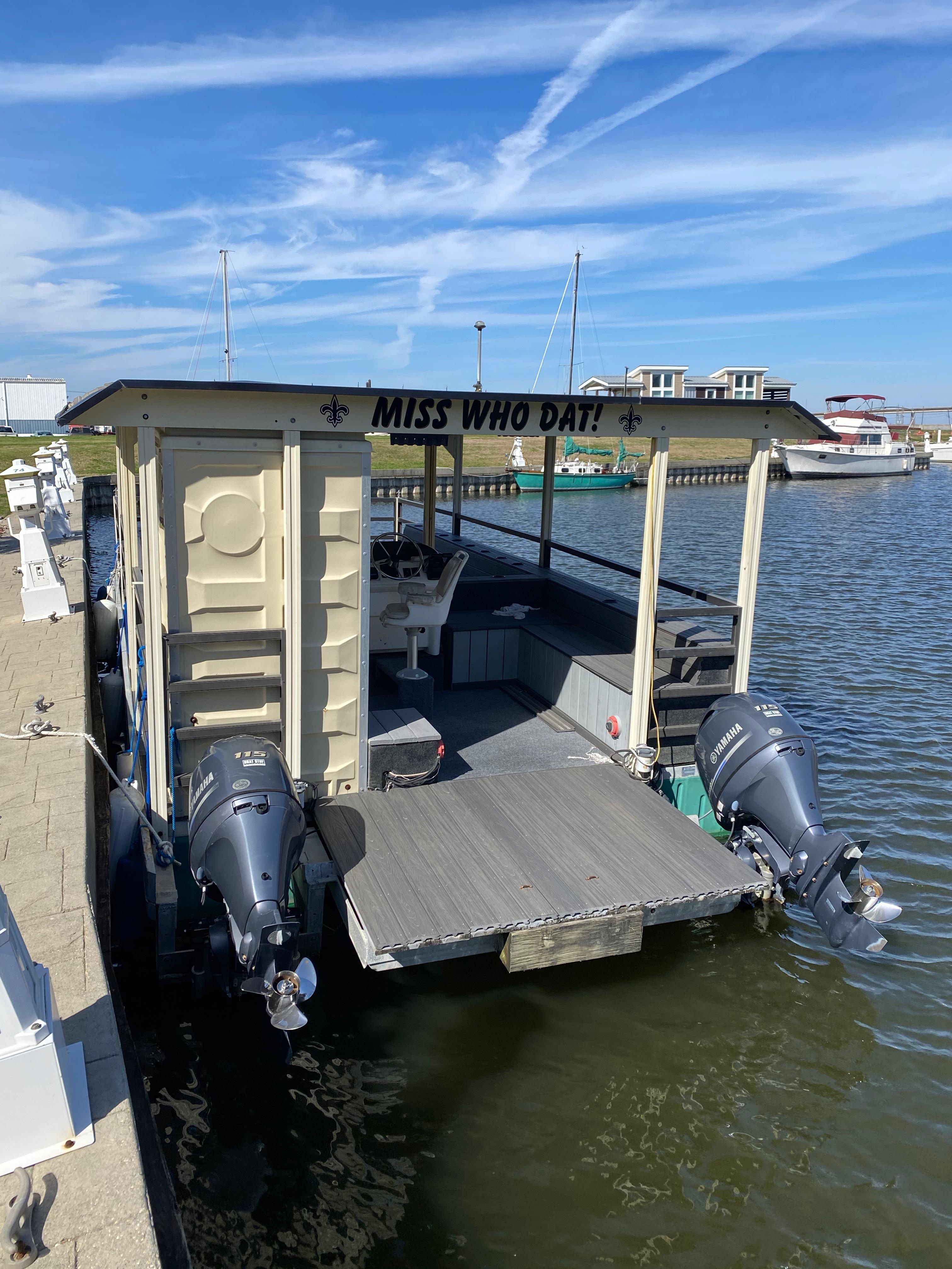 New  2016 Custom Pontoons Pontoon Boat in Marrero, Louisiana