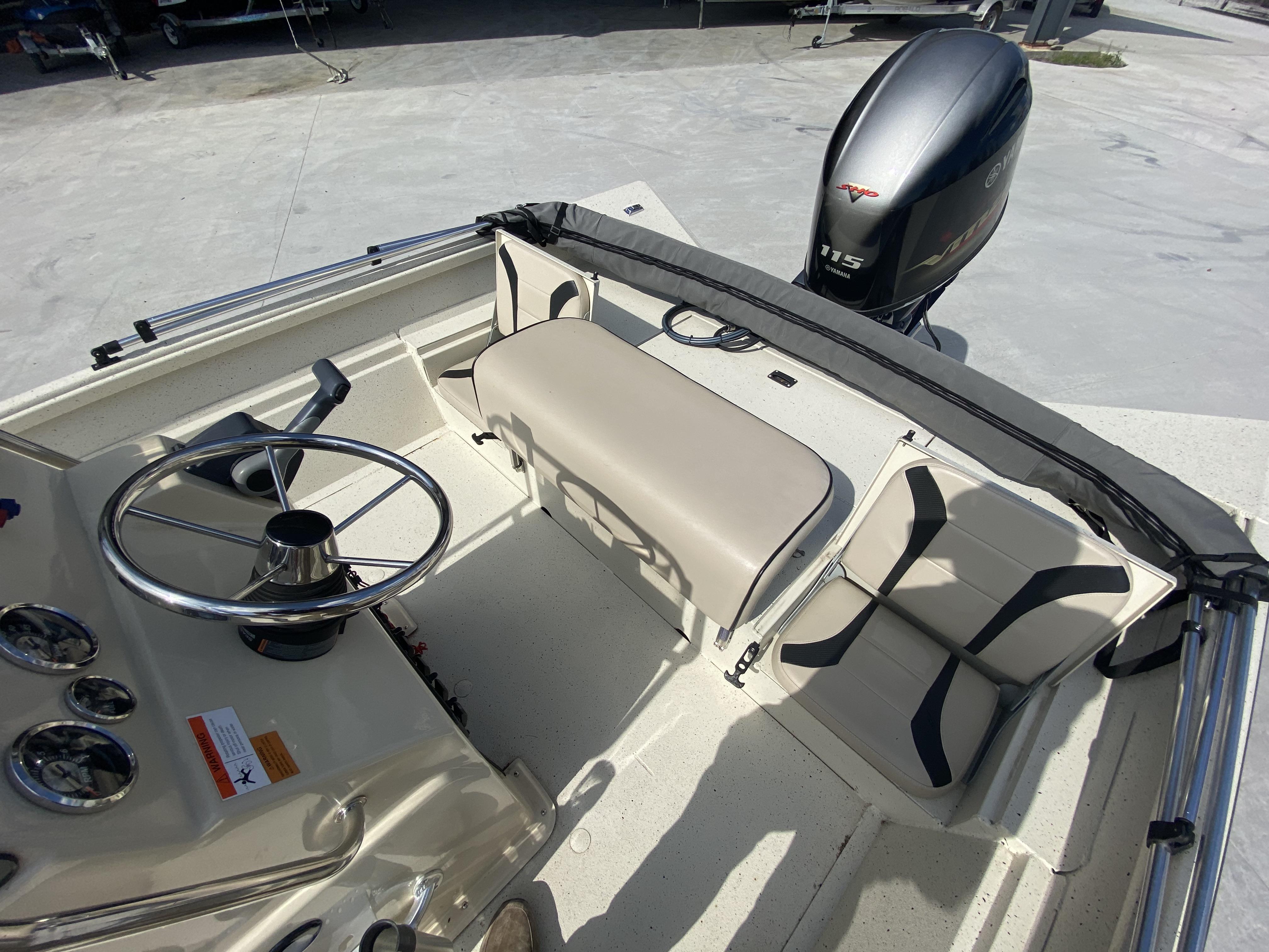 New  2018 Alumacraft Boats Center Console in Marrero, Louisiana