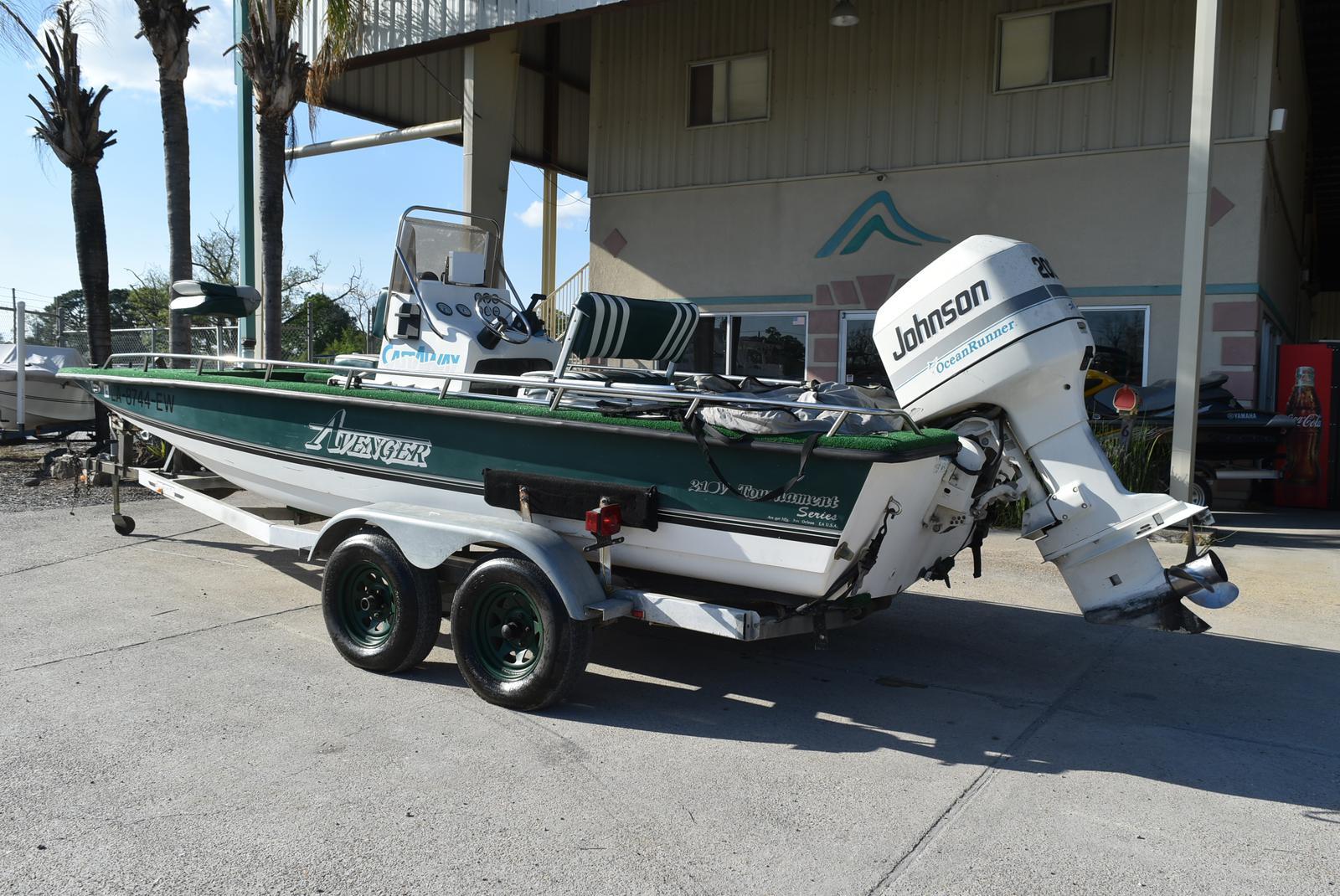 New  1996 Avenger Boats Bay Boat in Marrero, Louisiana