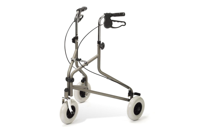 3-wheeled rollator