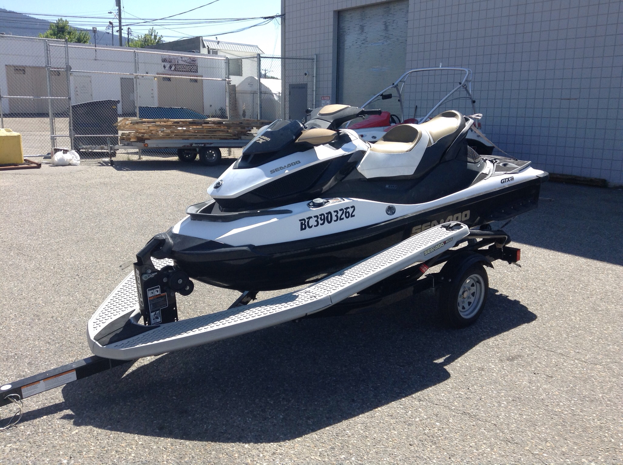 For Sale: 2012 Lowrance  ft<br/>Banner Recreational & Marine - Kelowna