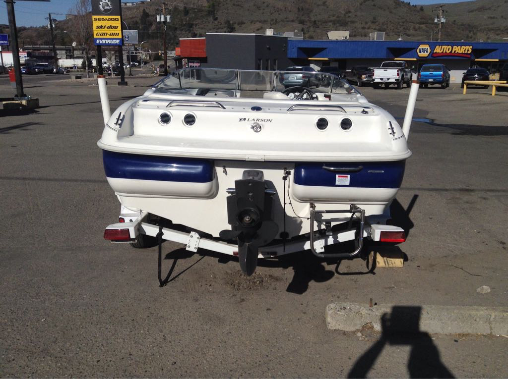 2000 Lowrance boat for sale, model of the boat is Undefined & Image # 2 of 2