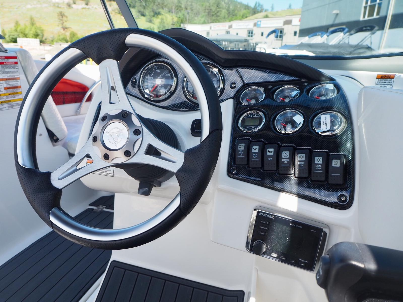 2018 Lowrance boat for sale, model of the boat is Undefined & Image # 8 of 9