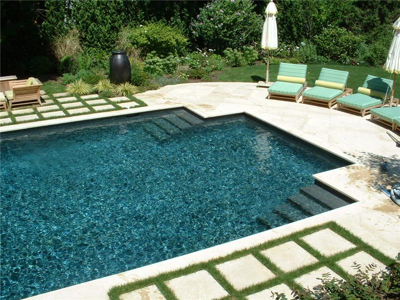 geometric rectangle with attached spa - Rectangle Pool