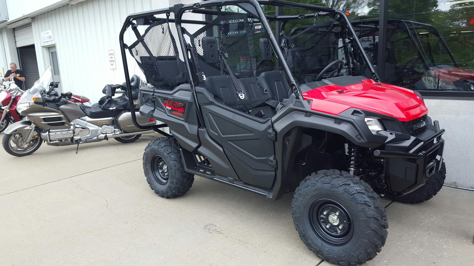 2016 Honda PIONEER 1000-5 for sale in Independence, MO