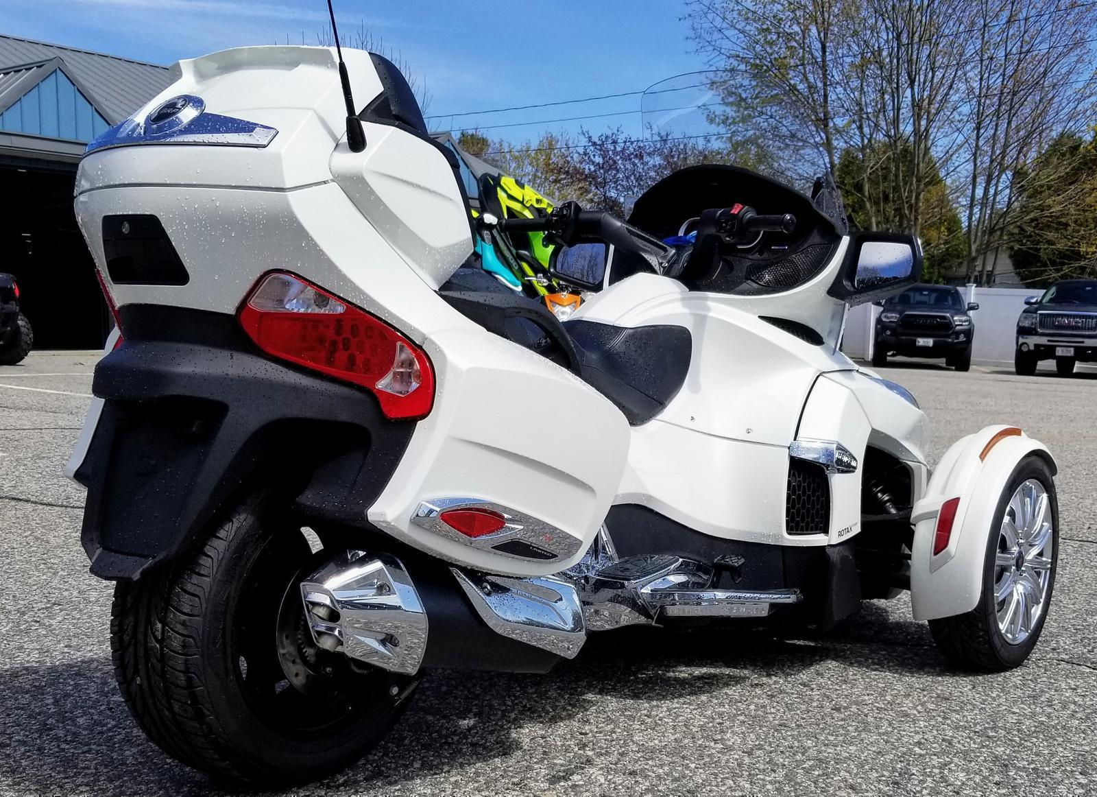 2018 Can-Am Spyder® RT Limited SE6 - Chrome for sale in Sanford, ME