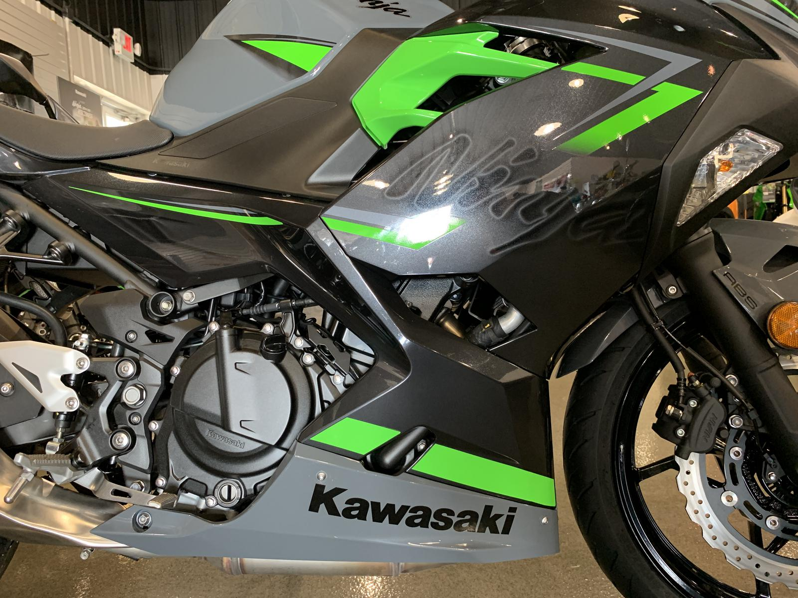 2019 Kawasaki NINJA 400 ABS