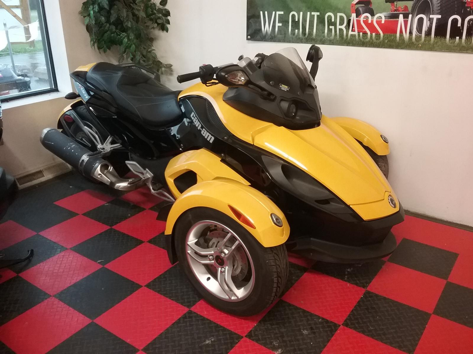 2009 Can Am Spyder™ SE5 for sale in Rochester MN