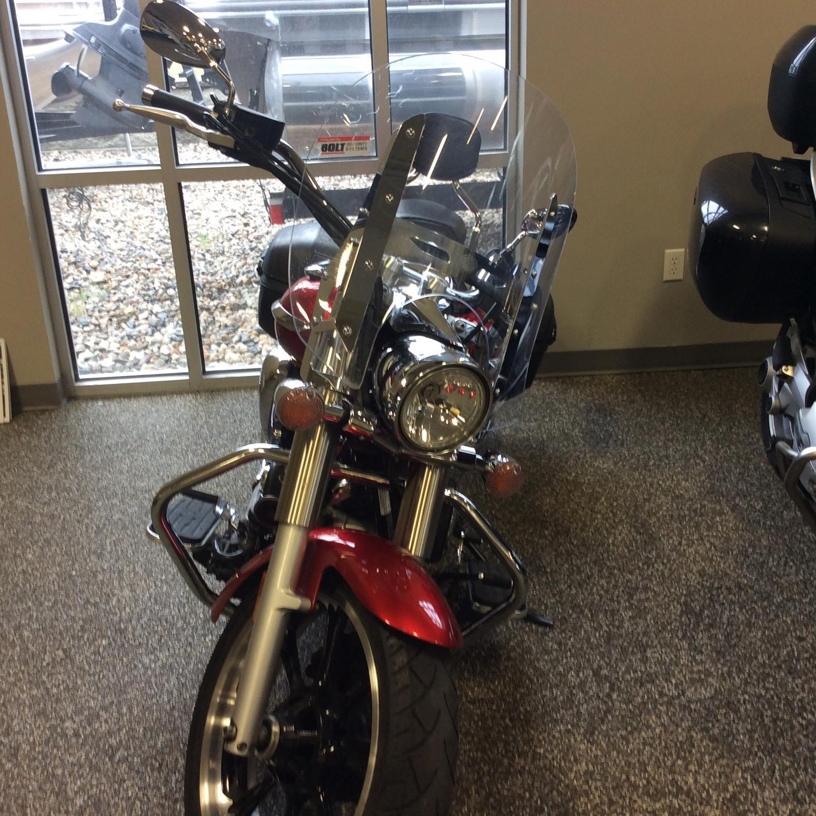2011 Yamaha V-star 950 Tourer | 3 of 3