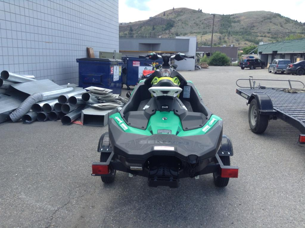 2019 Sea Doo PWC boat for sale, model of the boat is Spark® 3up Rotax® 900 Ho Ace™ W/ibr®, Sound System & Image # 3 of 3