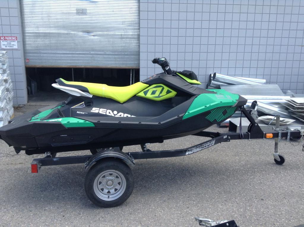 2019 SEA DOO PWC SPARK® 3UP ROTAX® 900 HO ACE™ W/IBR®, SOUND SYSTEM for sale